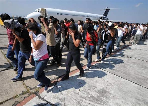 us-immigration-bustthumb.jpg